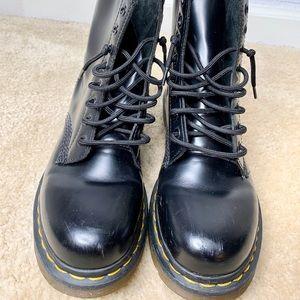 Dr. Martens Shoes - Dr. Martens | Core 1460 8-Eye Boots |